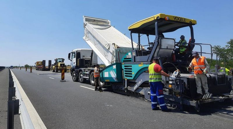 Lugoj Expres Lucrări de reparații, pe autostrada A1, între Margina și Traian Vuia Traian Vuia trafic restricționat șoferi reparații carosabil Margina lucrări de reparații autostrada A1 atenție șoferi