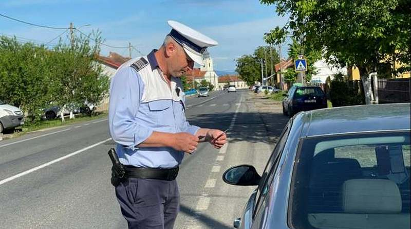 Lugoj Expres Controale ample pe șoselele din Lugoj și localitățile învecinate viteză sancțiuni contravenționale Polițiști permise de conducere Lugoj depășire controale pe șosele controale ample consumul de băuturi alcoolice acțiune accidente
