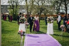 Altari teekonna kaunistused, postamendikaunistused, pidulikud lilleseaded, pulmadekoratsioonid