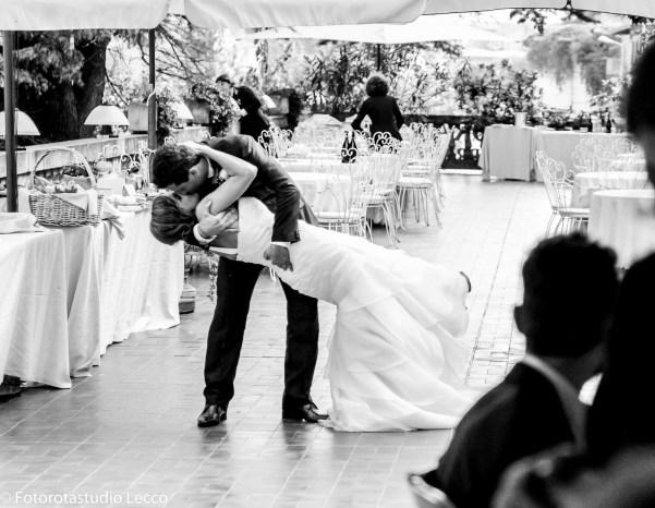 fotografo-matrimonio-valtellina-ricevimento-villagiulia-valmadrera-lecco-forotastudio (35)