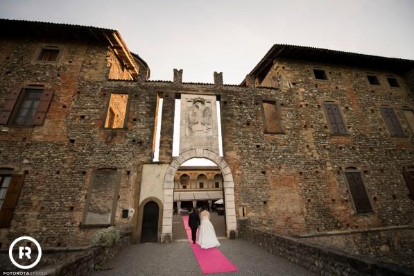 castello-di-cavernago-bergamo-longhi-banqueting-reportage (47)