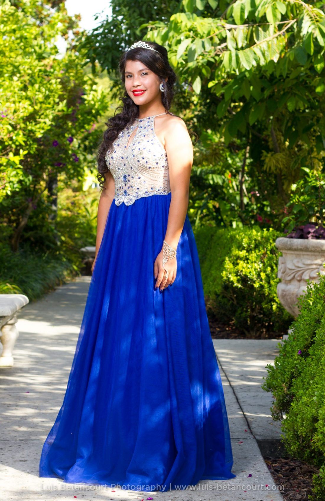 Quinceanera Photography in Lakeland, Tiara. Dress
