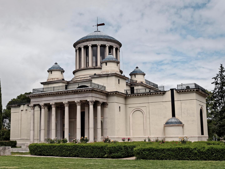 Real Observatorio Astronómico de Madrid. Edificio del arquitecto Juan de Villanueva. Fotografía de Luis F. Roncero.