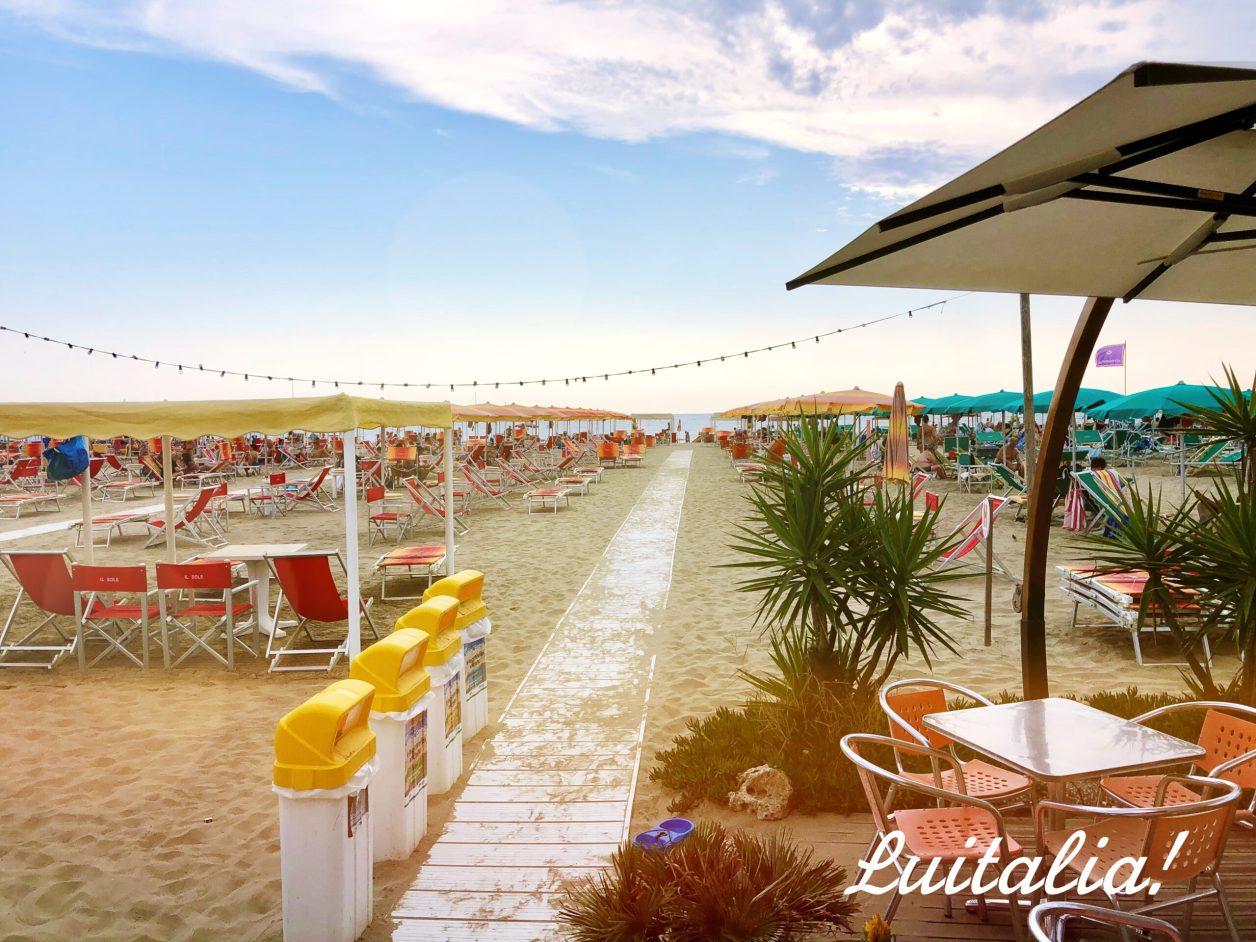 ヴィアレッジョのビーチ