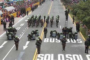 DESFILE Y GRAN PARADA MILITAR PERU 2016 (10)