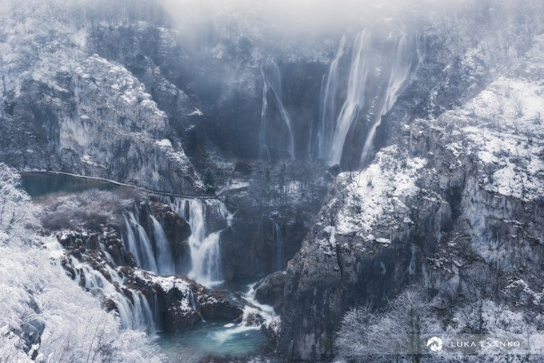 Lower lakes and the big waterfall in winter, Plitvice Lakes NP