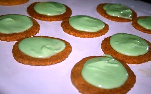Recipe: Spring Inspired Shortbread Biscuits at http://lukeosaurusandme.co.uk