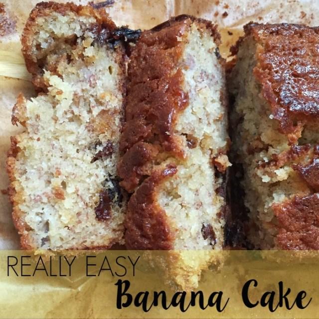 Really Easy Banana Cake Recipe by lukeosaurusandme.co.uk @gloryiscalling #bananacake #foodporn #cakerecipe