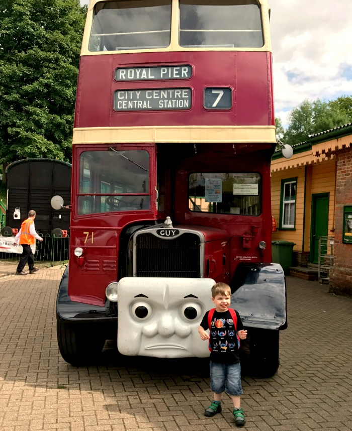 Day Out With Thomas on the Watercress Line, Mid Hants Railway review at https://lukeosaurusandme.co.uk