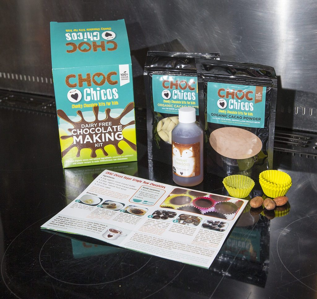 Treat your kids to a chocolate free Easter with the Choc Chicos Cacao Raw Chocolate Kit For Kids. Full review at http://lukeosaurusandme.co.uk