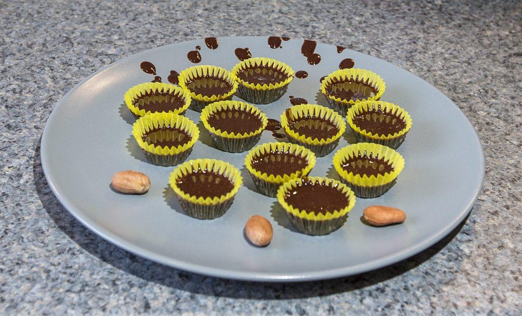Choc Chicos – Cacao Raw Chocolate Kit For Kids review at http://lukeosaurusandme.co.uk