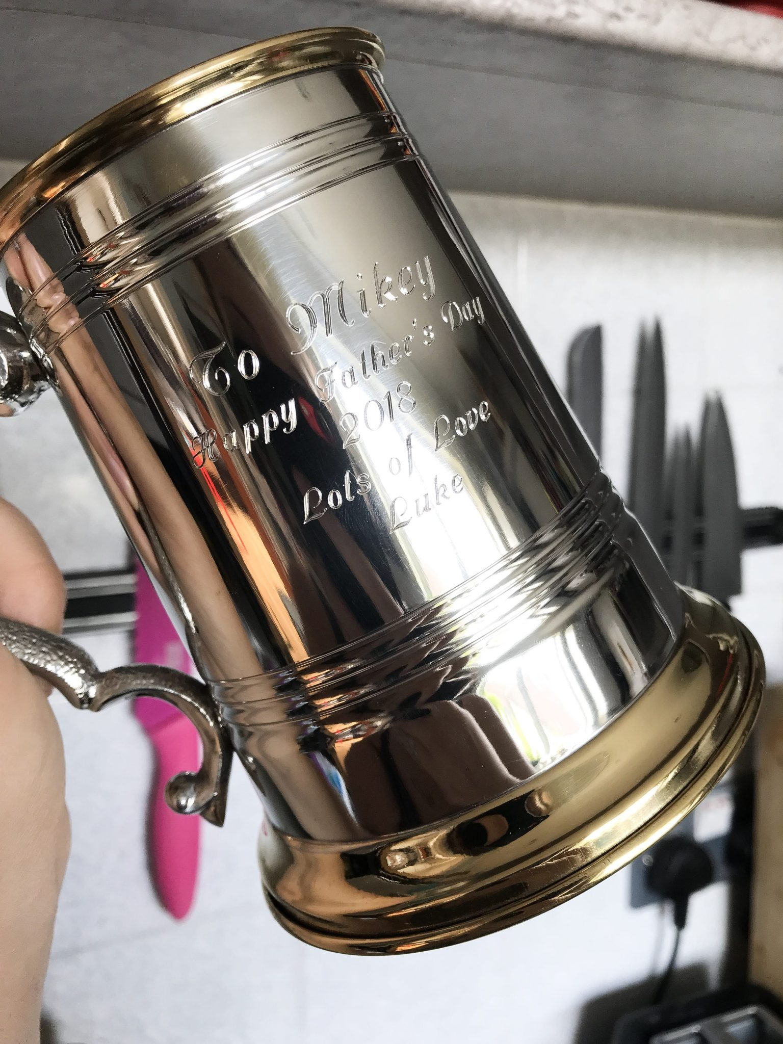 Born Gifted is an amazing gift store online that creates beautiful personalised gifts for family memebers. This pewter and bronze personalised tankard is perfect for Father's Day. Read more at https://lukeosaurusandme.co.uk