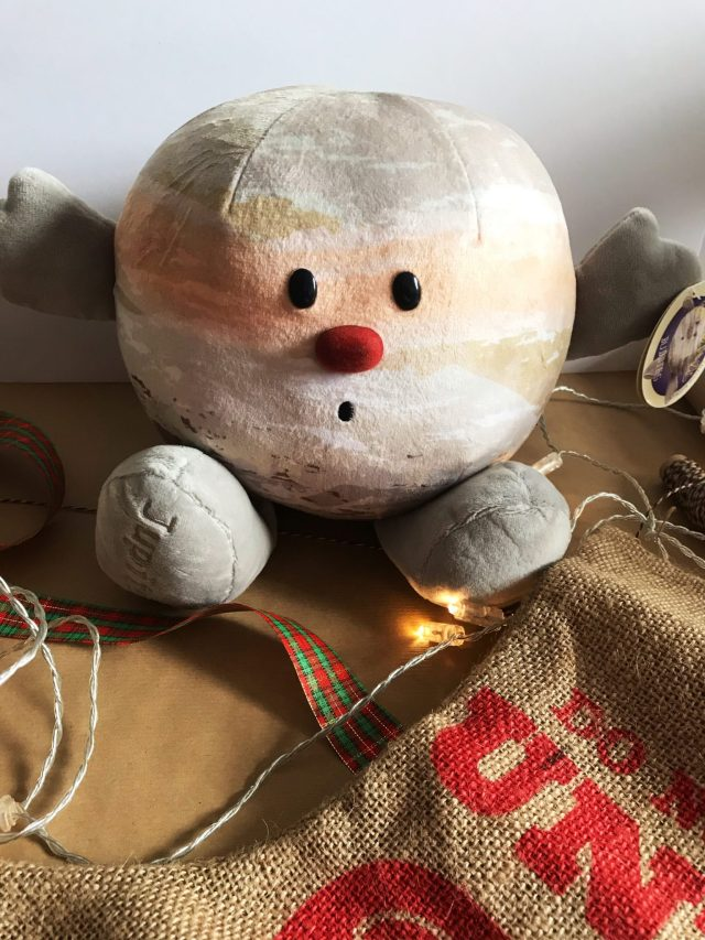 Christmas Gifts For Kids and Babies 2018 at https://lukeosaurusandme.co.uk