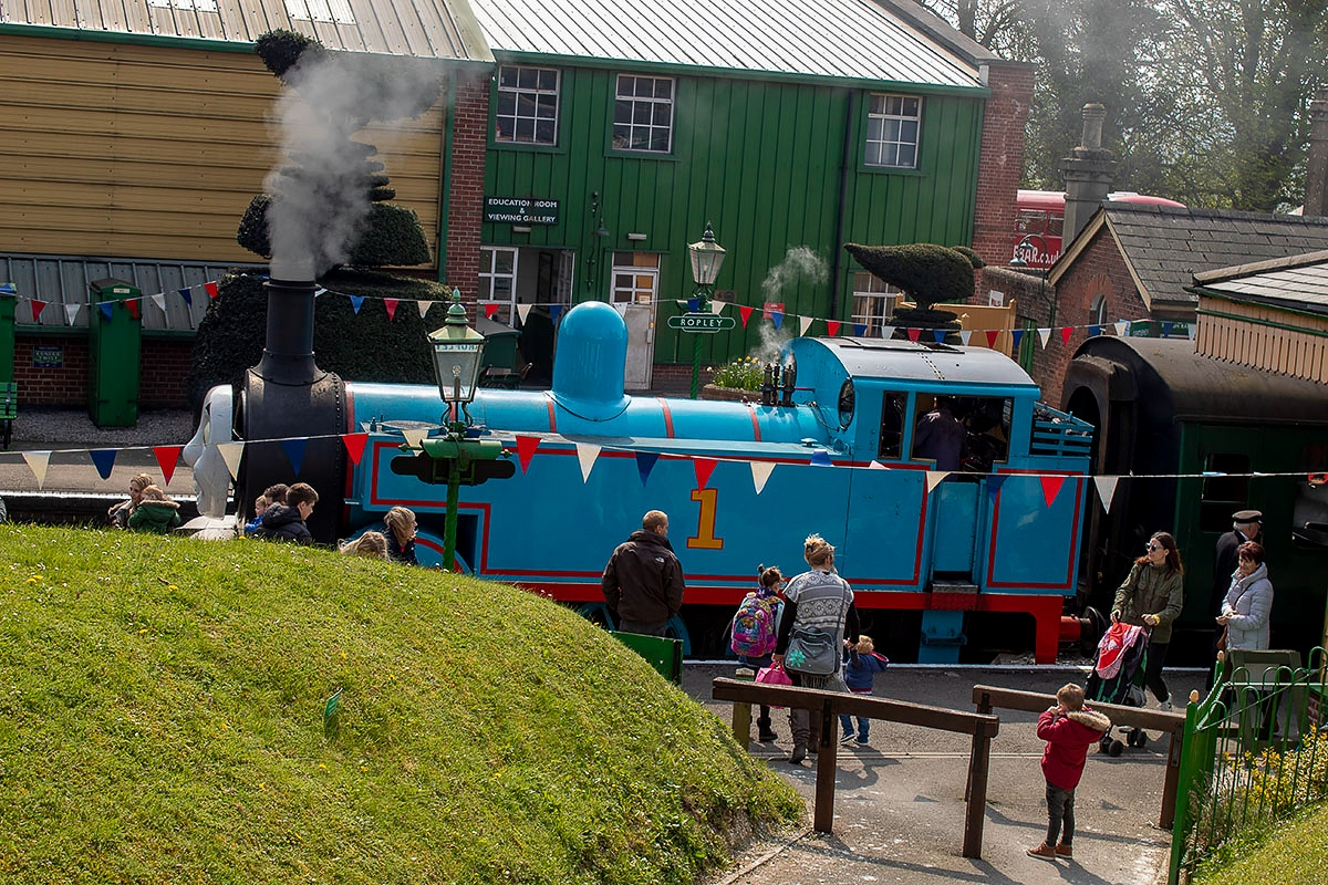 Thomas the Tank Engine at Ropley Station on the Watercress Line during their Day Out With Thomas Easter event. Read the full review at https://lukeosaurusandme.co.uk