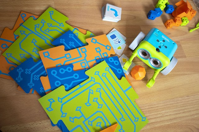 Botley The Coding Robot and a few of his accessories at https://lukeosaurusandme.co.uk