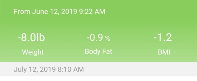 green phone app screenshot showing weight loss over a one month period