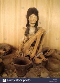 san-pedro-de-atacama-chile-mummified-body-of-young-woman-in-padre-a147g1