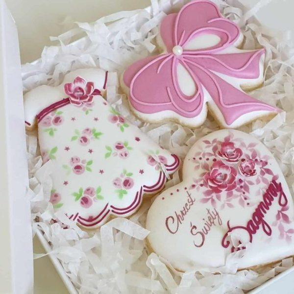ciasteczka na chrzest, podziękowania dla gości na chrzest, lukrowane ciasteczka Basia sweets