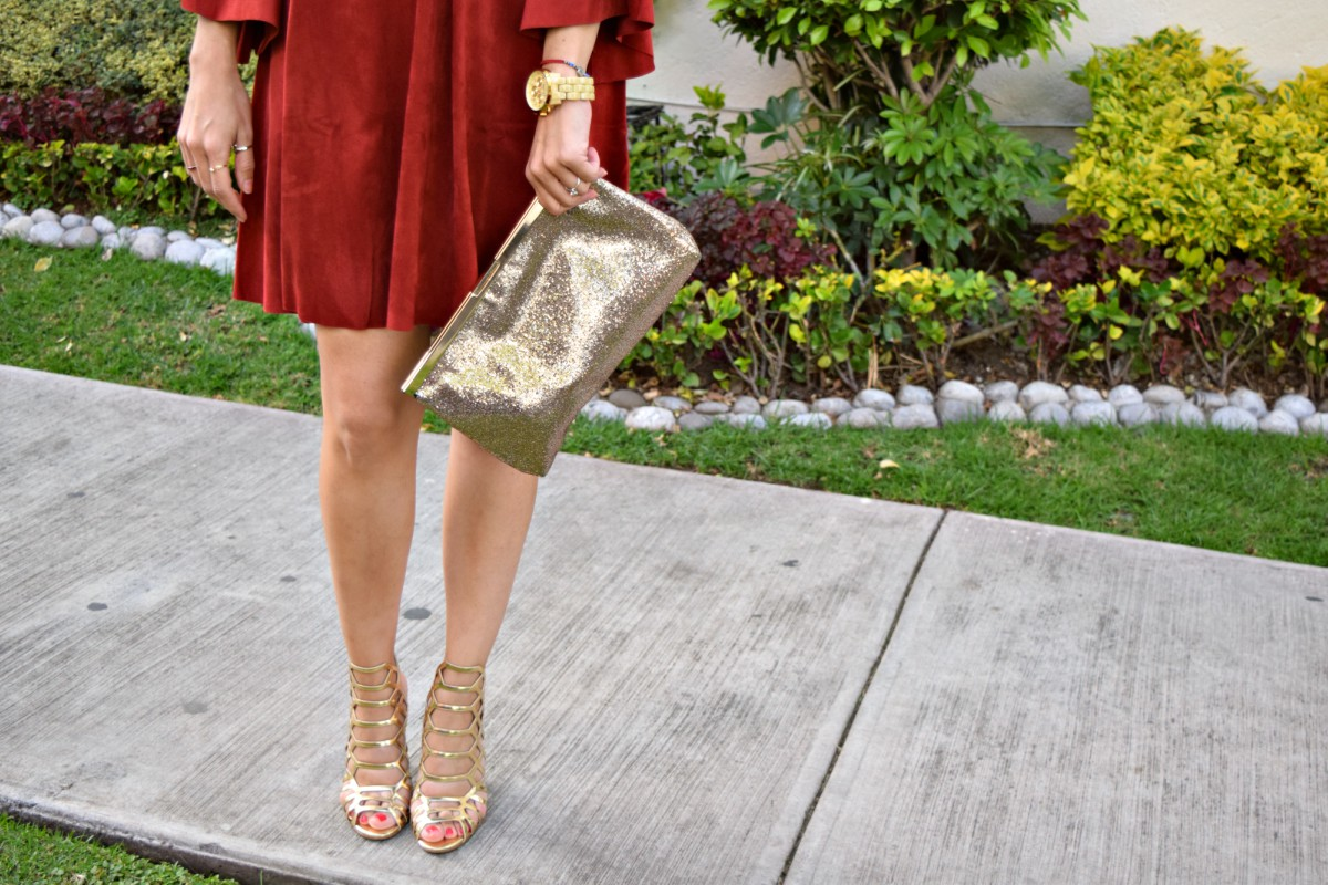 3-ways-to-style-a-burgundy-dress