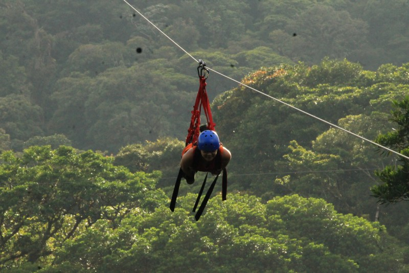 zip line costa rica cloud forest