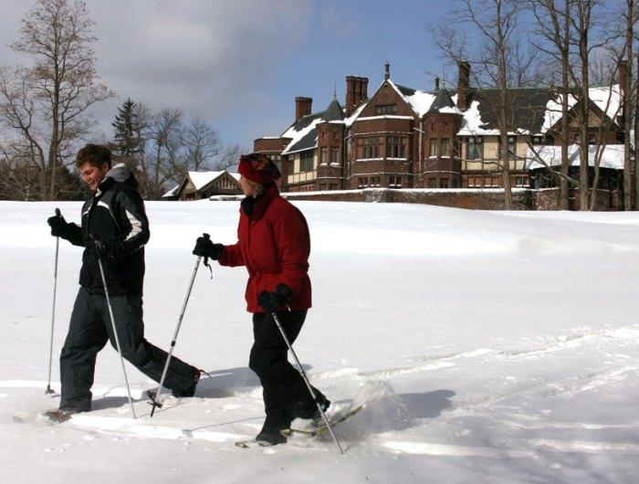 Snowshoeing-093