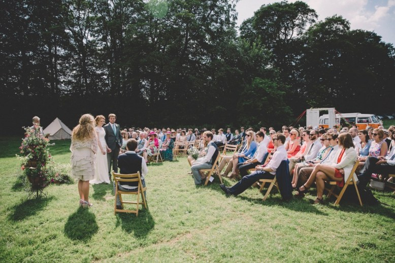 wedding-ceremony-bell-tent