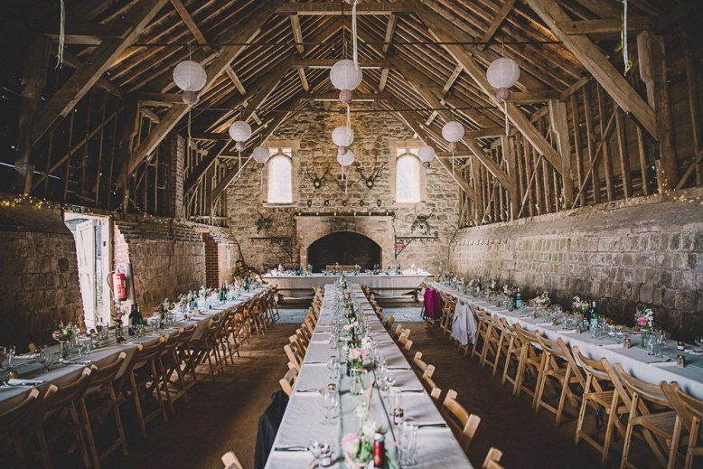 Lulubells-barn-wedding-wiltshire