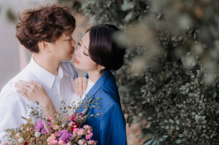 拍婚紗照當天居然遇到超級寒流!交往十年結婚六年,走過半輩子,再次和老公一起拍攝週年婚紗照!