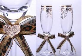 Свадебные бокалы своими руками: декупаж и роспись по стеклу