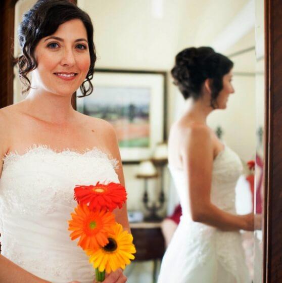 яркие, позитивные герберы для свадебного букета