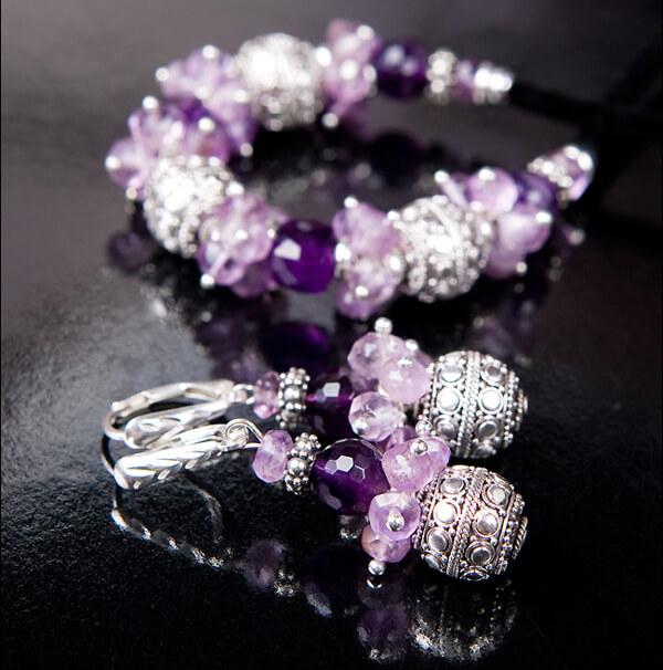 Бижутерия для фиолетового свадебного букета
