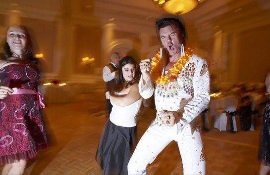 Рок-н-ролл на свадьбе в стиле Лас-Вегас
