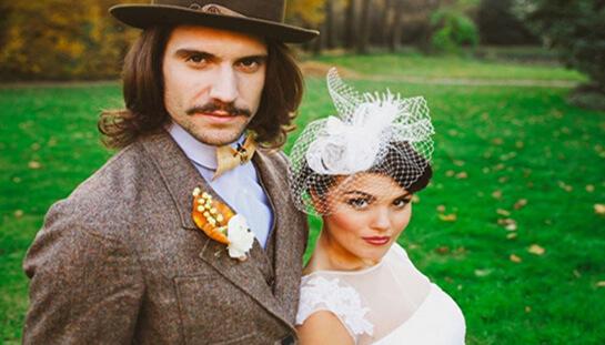 Красивая свадебная пара в итальянском стиле
