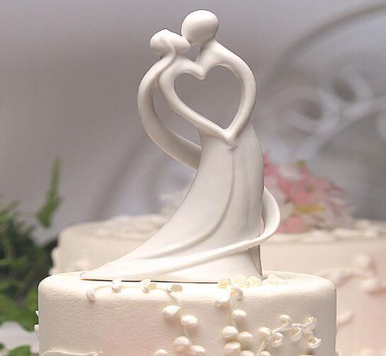 Красивый торт на годовщину фарфоровой свадьбы