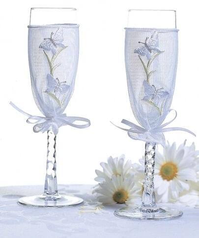 бокалы на свадьбы в сетке