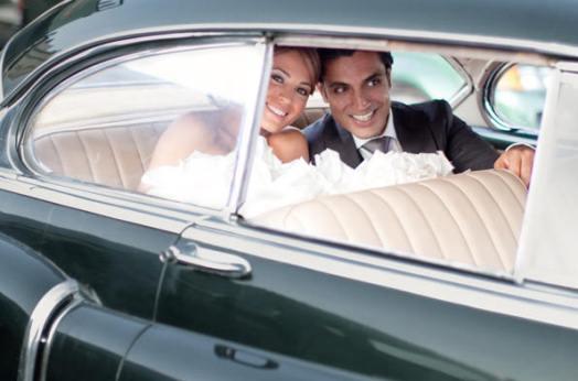 ретро мобиль на свадьбе латино