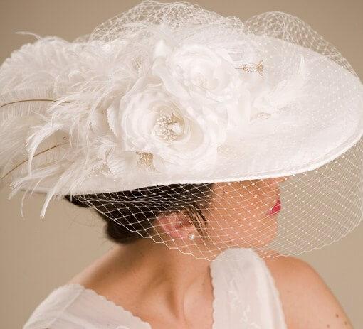 широкополая шляпа невесты