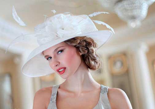 прическа на невесте со шляпкой
