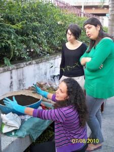 Ivy Ramalho ensina como plantar