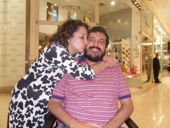 Babi e Marcos (Fetu) em um shopping de SP, 2013