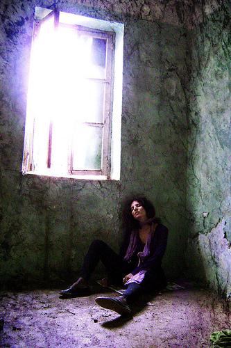 mulheres: álcool e drogas / imagem de chandrika221 no flickr