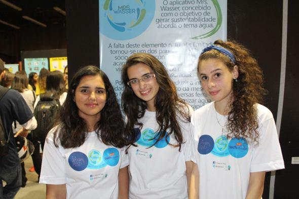 Este grupo inventou a Ms. Wasser, pra ajudar a combater a crise hídrica... (já que o Alckmin tá sentado em cima das mãos)
