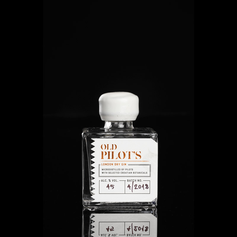 Old Pilot's Gin