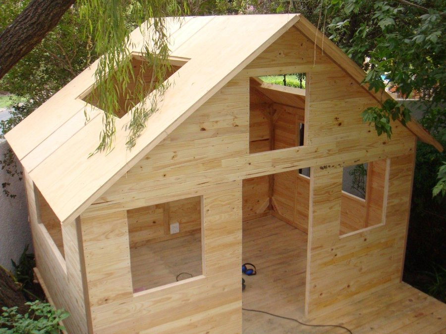 Wooden wendy house plans escortsea for Wooden wendy house ideas
