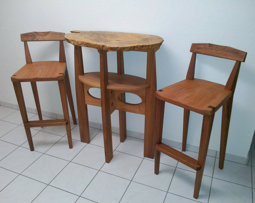 SOLD Olive This Pub Table Amp Chairs By Michael