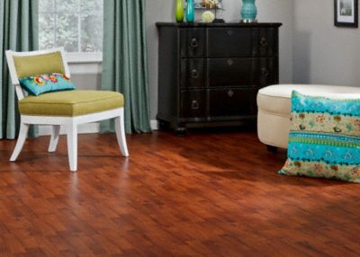 Dream Home  Nirvana 8mm Royal Mahogany Laminate  Lumber