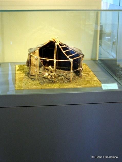 Locuință primitivă