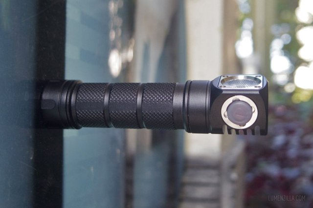 skilhunt h03 magnet on tailcap