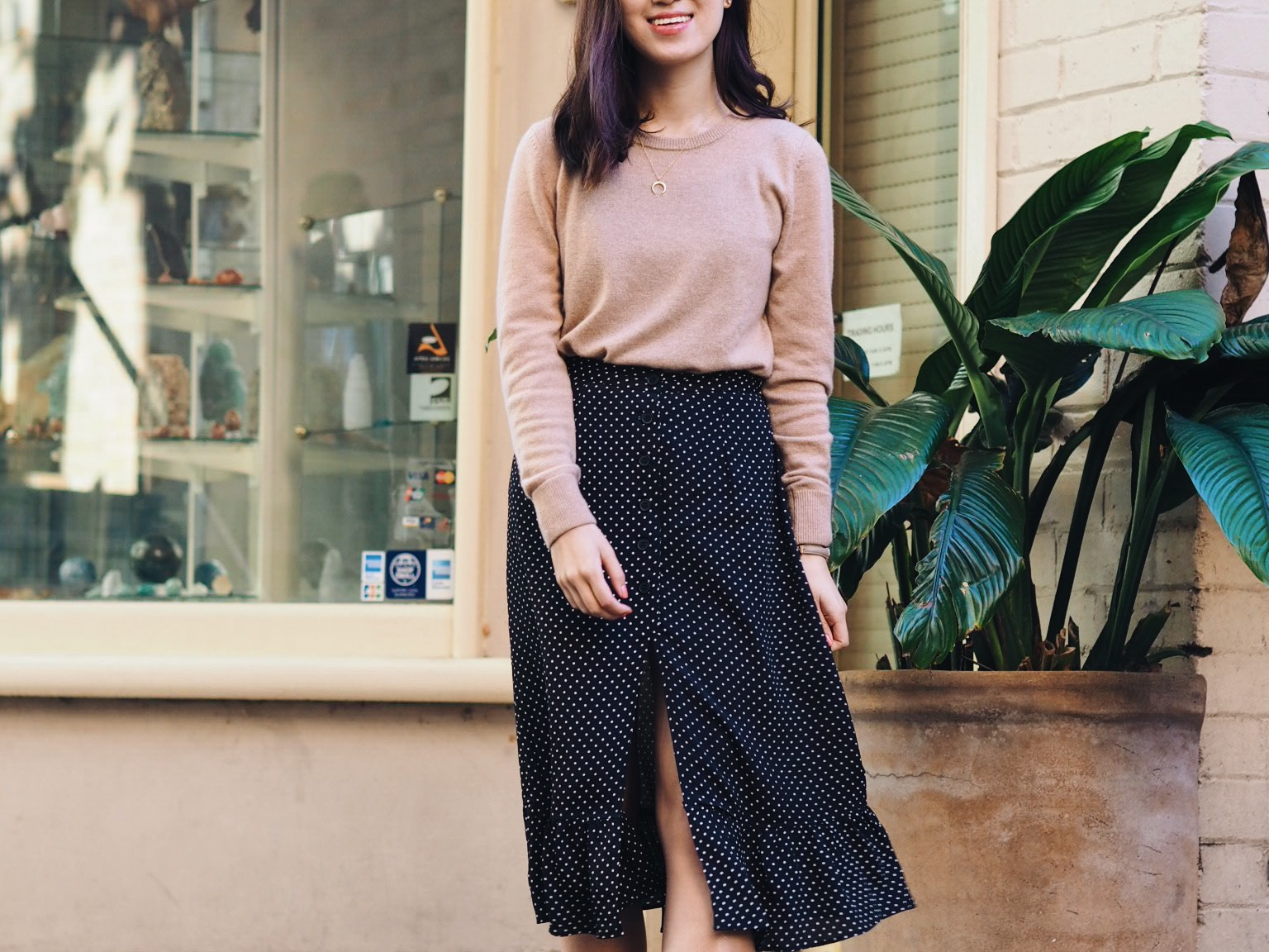 how to update your wardrobe, minimal, blush pink, midi skirt