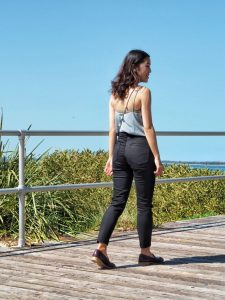 everlane, ethical denim, everlane denim, everlane denim jeans, review, quality, fit, sizing, black, ankle length, minimal fashion, slow fashion